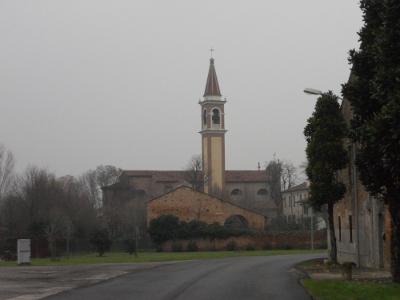 La chiesa parrocchiale di San Zenone, intitolata a San Zeno