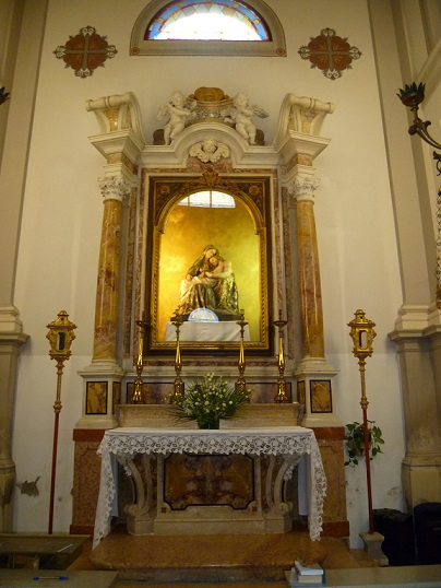 interno parrocchiale rid